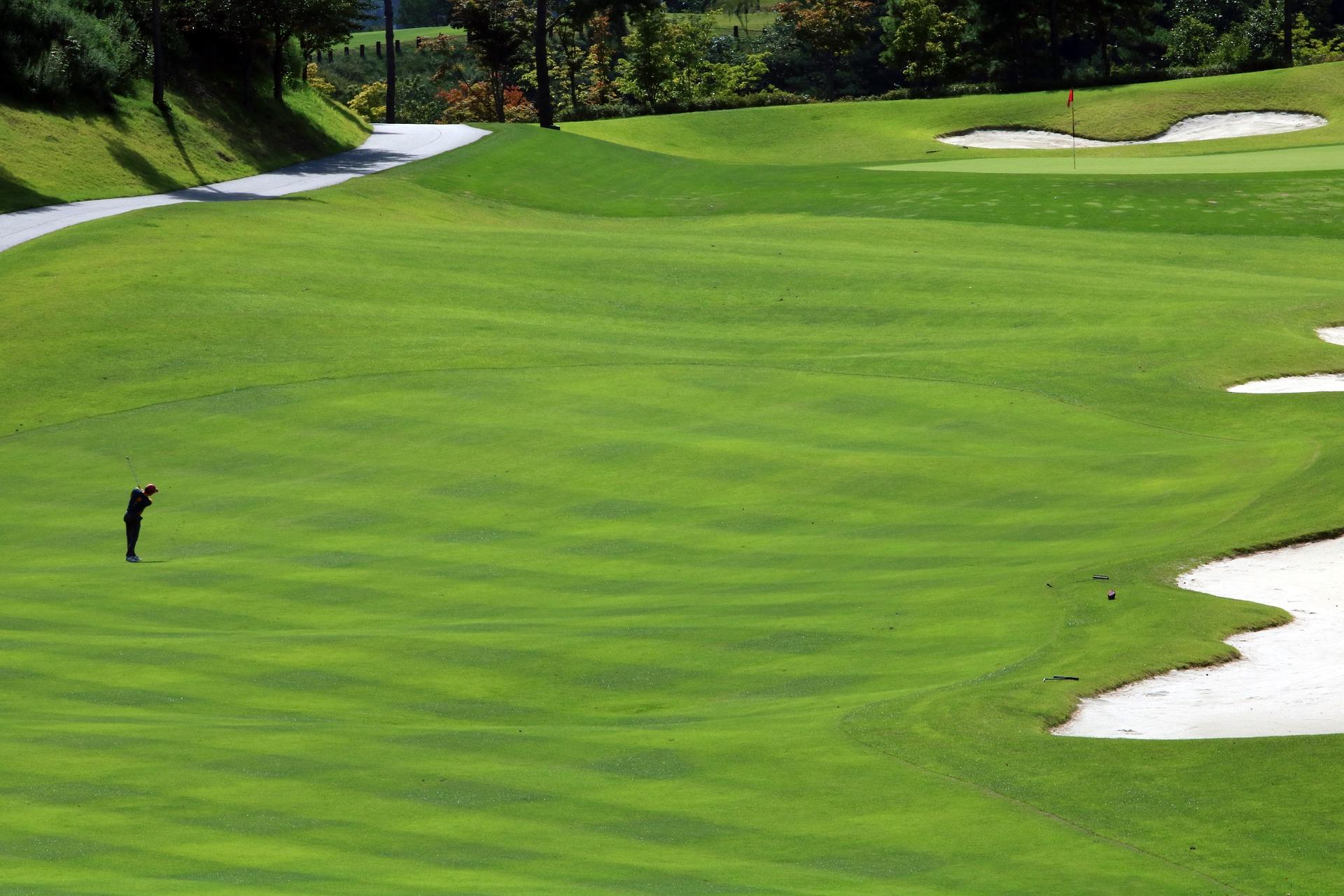 Golf Entfernungsmesser: Laser oder GPS Uhr?